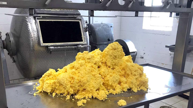 Making grass-fed organic butter