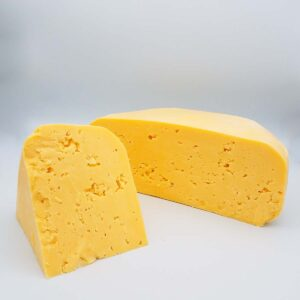 organic 1-year- aged farmstead cheese